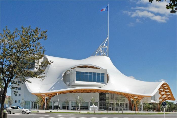 le centre pompidou-metz et sa architecture extraordinaire