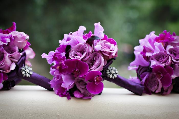 Fleurs demoselles d'honneur, un bouquet, composition florale mariage