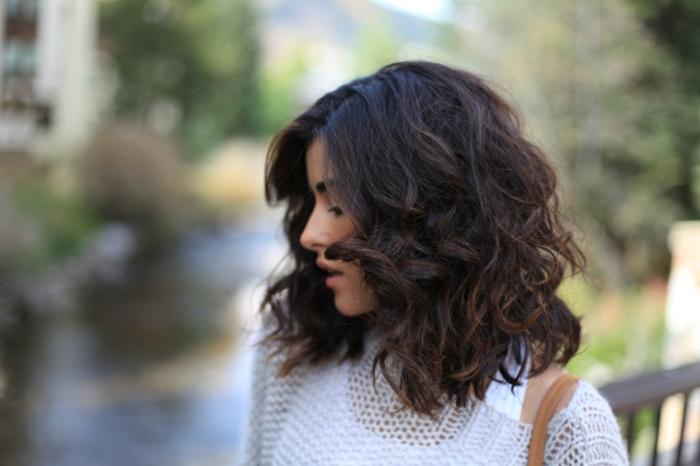 coiffure cheveux bouclés idée
