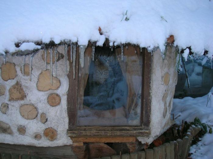 cabane extérieure pour chat