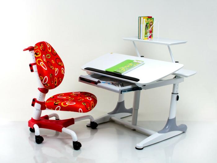 chaise ergonomique pour des enfants