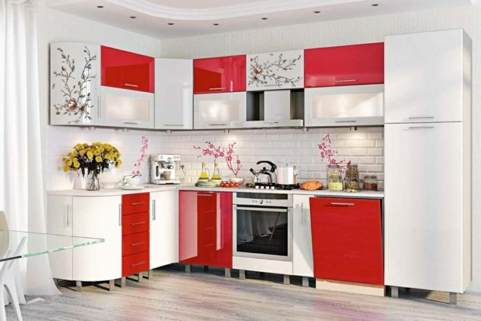 cuisine high tech en blanc et rouge
