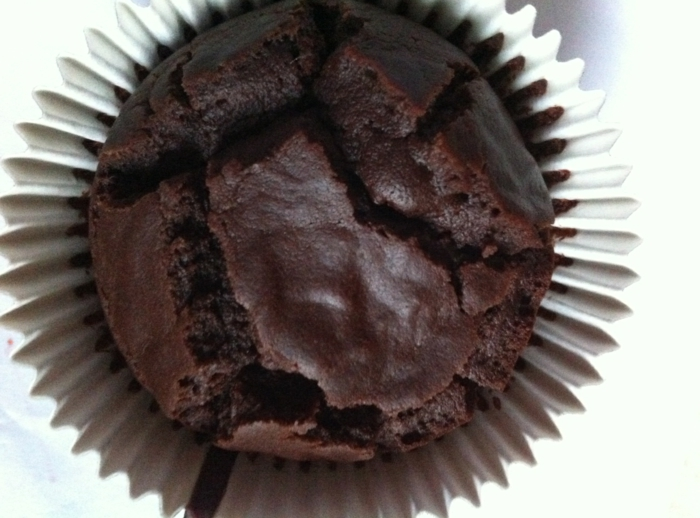 gâteau de type fondant au chocolat en forme de muffin