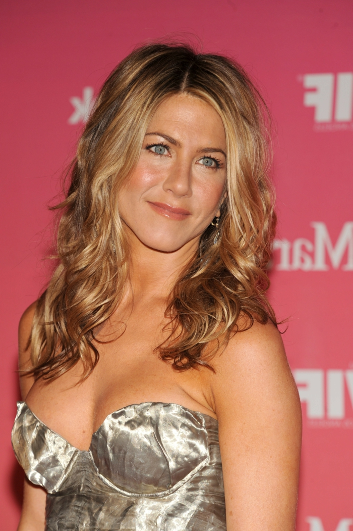 jennyfer aniston balayage blond