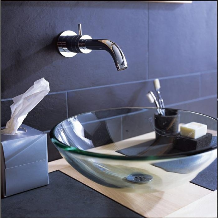 le lavabo vasque en verre peut avoir par exemple une forme ronde