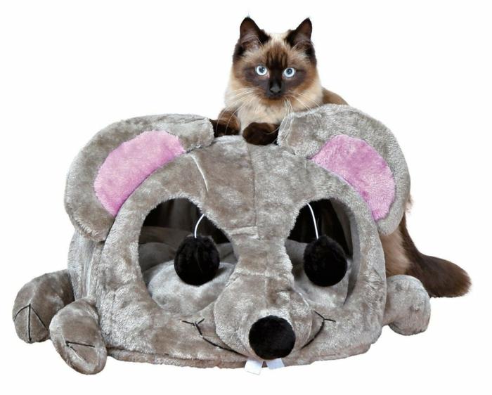 maison à chat en forme de grande souris