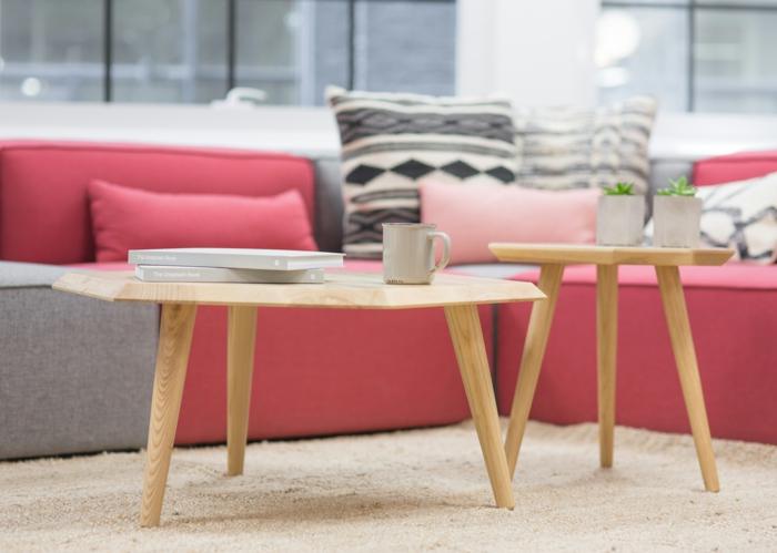 Marier les couleurs bien entre elles,une table,couleur rose