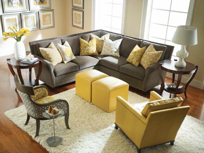 le jaune et le gris dans le salon