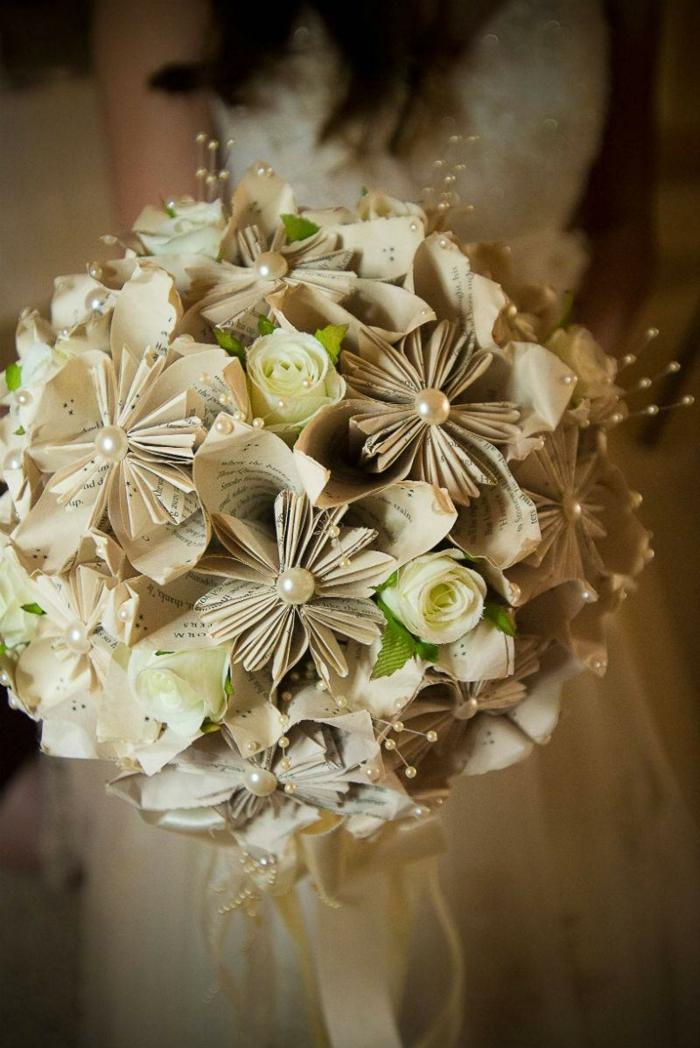 composition florale mariage en papier
