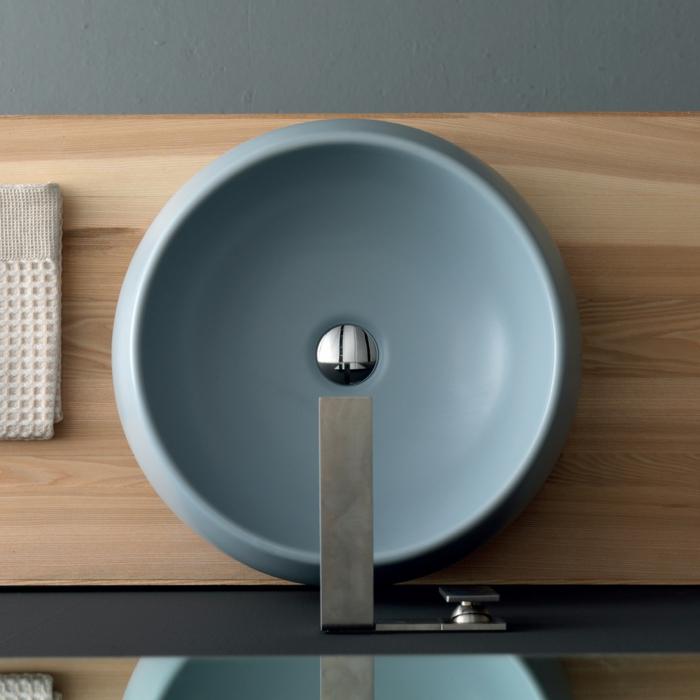 vasque en céramique bleue