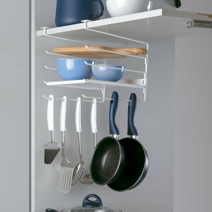 ranger les assiettes étagère