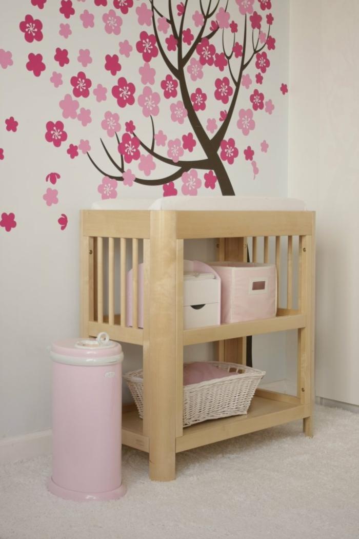 stickers en arbre rose pour la chambre bébé