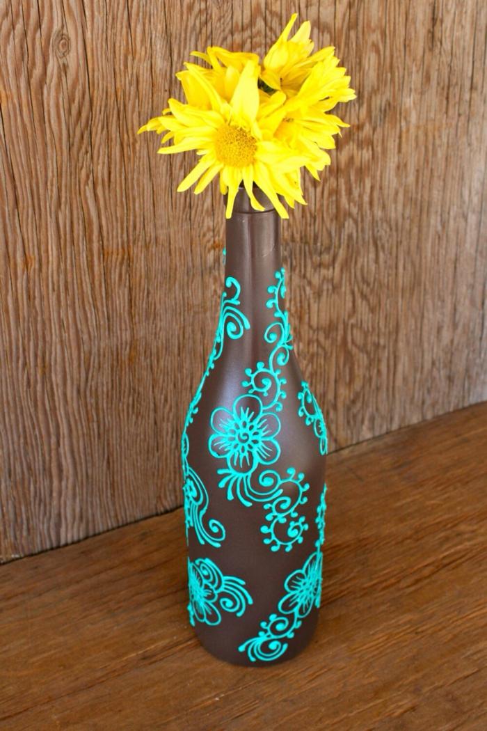 décoration bouteille en verre peinture sur verre