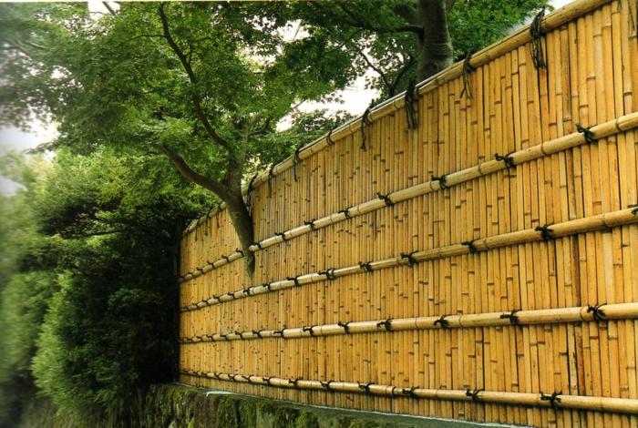 par exemple c'est une clôture de bambou