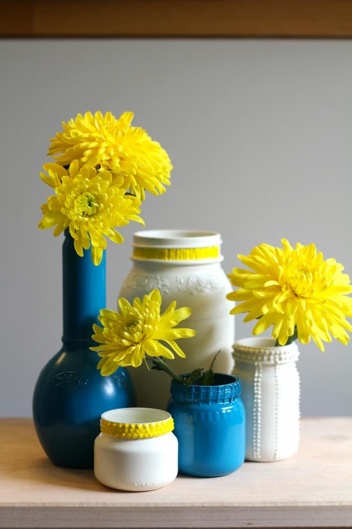 décoration bouteille en verre blanc et bleu
