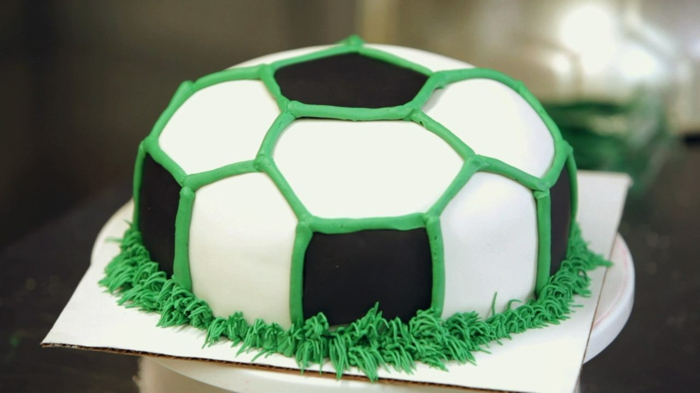 de gâteau d'anniversaire pour un enfant