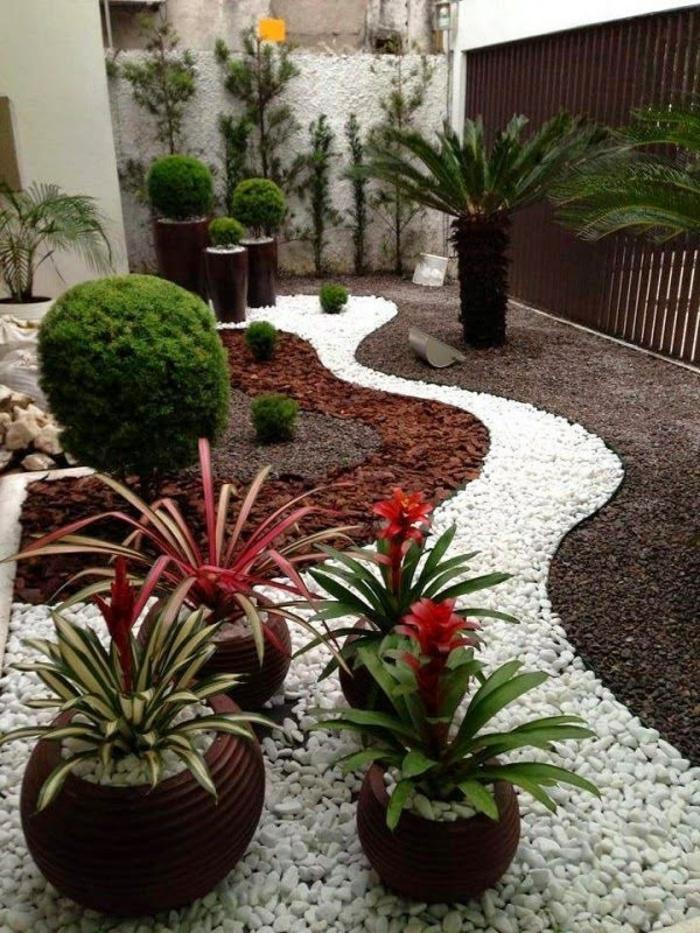 jardin où les couleurs du feng shui sont respectées