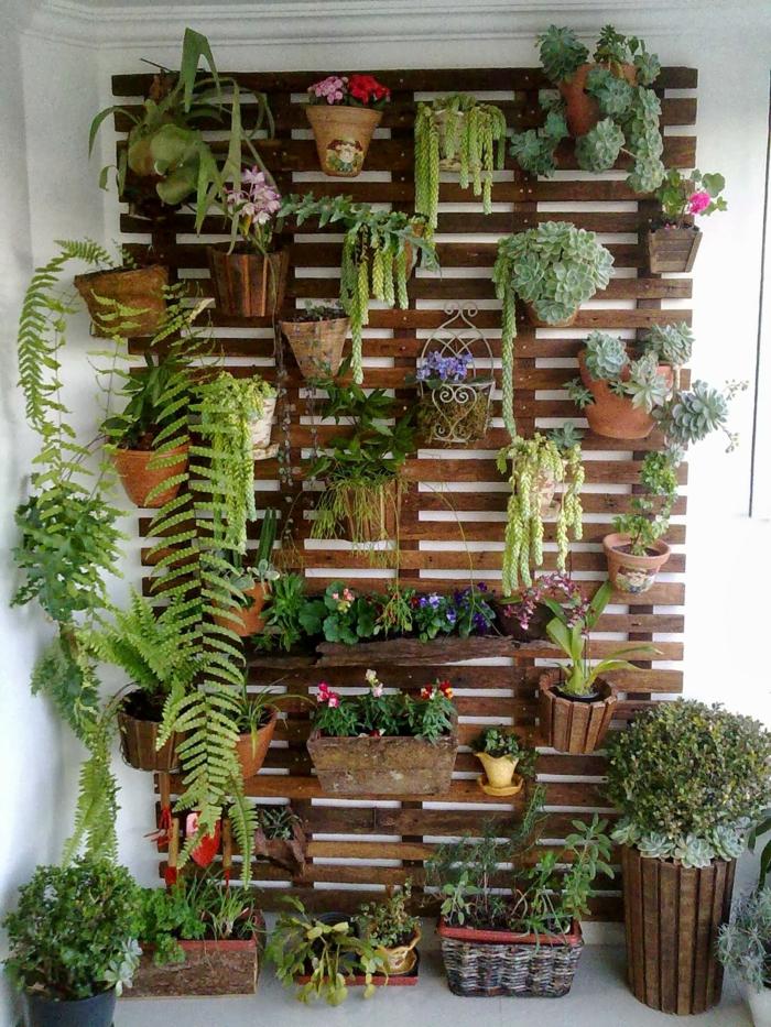 par exemple c'est un jardin de palettes de bois