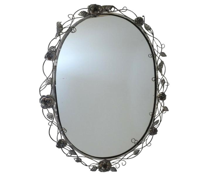 certes c'est très chic ce miroir ovale en fer motifs feuilles et roses