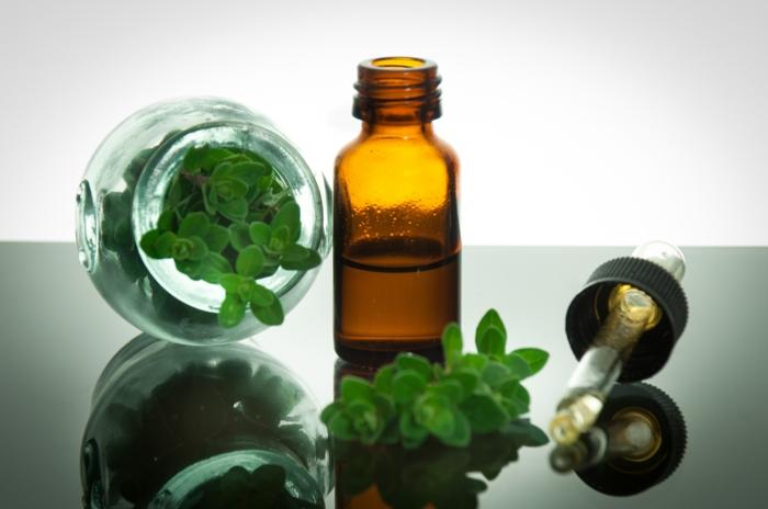 huiles essentielles shampong naturel gouttes
