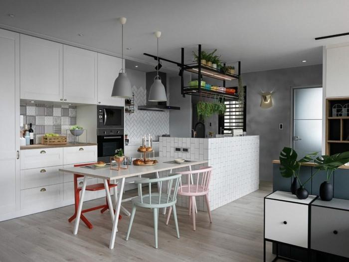 par exemple c'est une petite cuisine coin repas scandinave en couleurs neutres