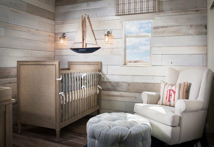 chambre bébé lambrisée