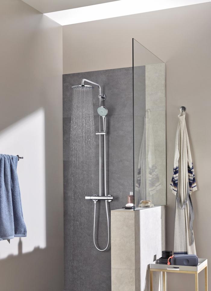 Conseils comment bien choisir une colonne de douche - Colonne de douche en verre ...