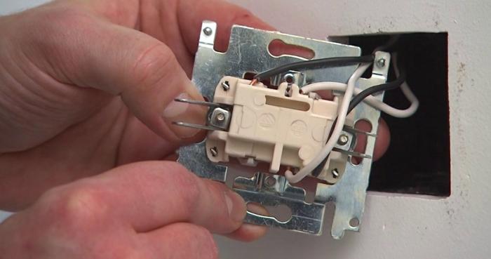 installation d'un variateur de lumière