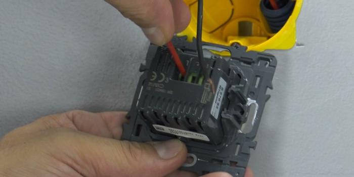 installer un variateur de lumière