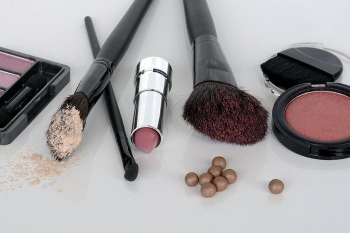 rangement maquillage idée