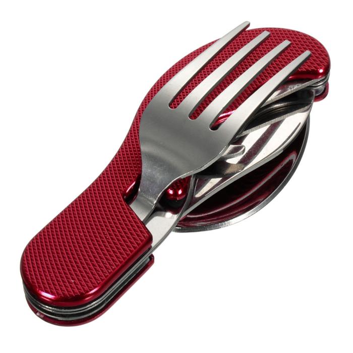 ce type d'outil multi fonctionnel en acier inoxydable est souvent utilisé pour des pique-niques