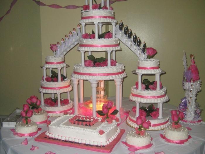 par exemple c'est une tarte mariage grande construction