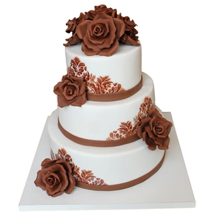 par exemple c'est une tarte décorée de grandes roses de couleur marron