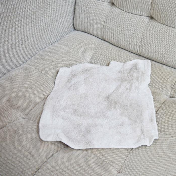 conseils comment nettoyer un canap 233 en tissu et enlever les taches