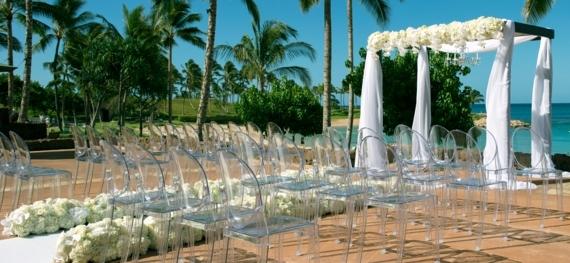 chaise transparente pour votre mariage