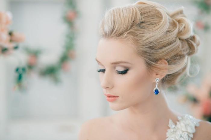 chignon-pour-une-coiffure-mariage