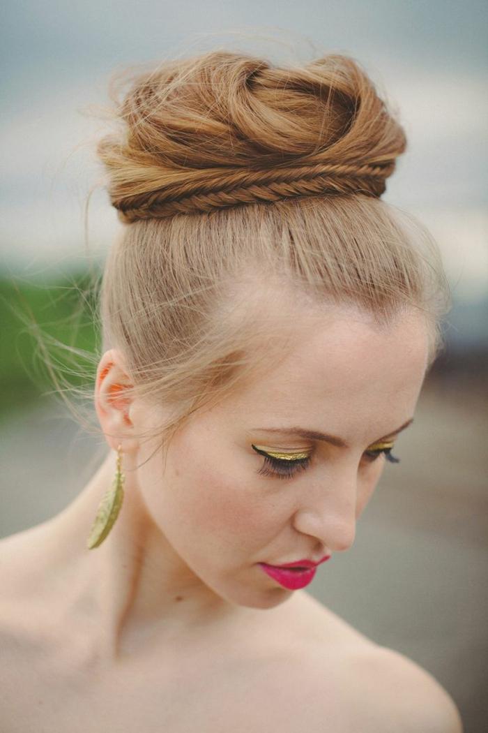 chignon-tressé-coiffure-mariage