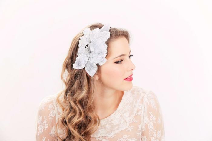 Fleurs,coiffure mariage femme - idées en photos pour vous inspirer