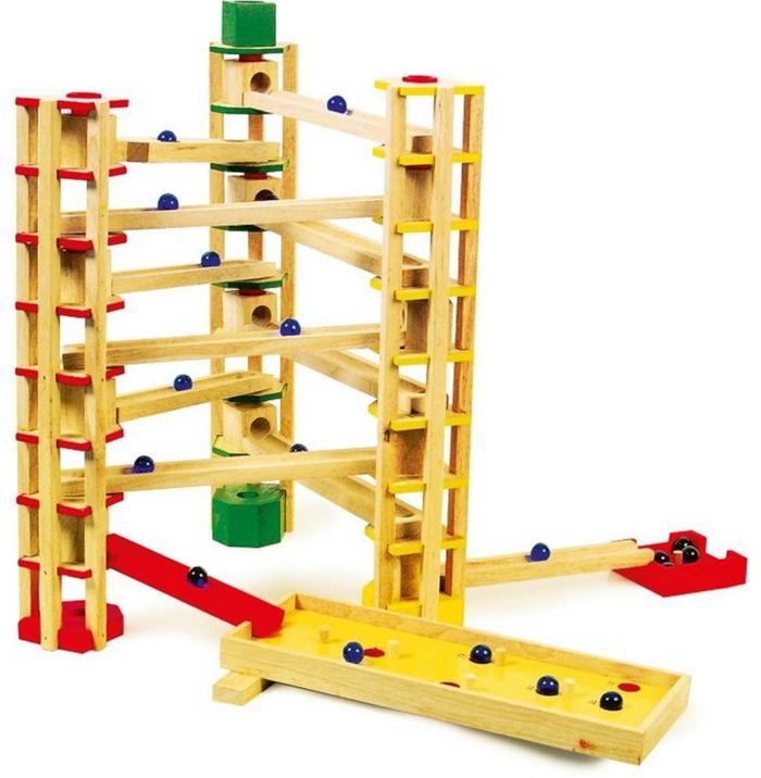 circuit pour billes, un jouet intéressant pour votre enfant en bois