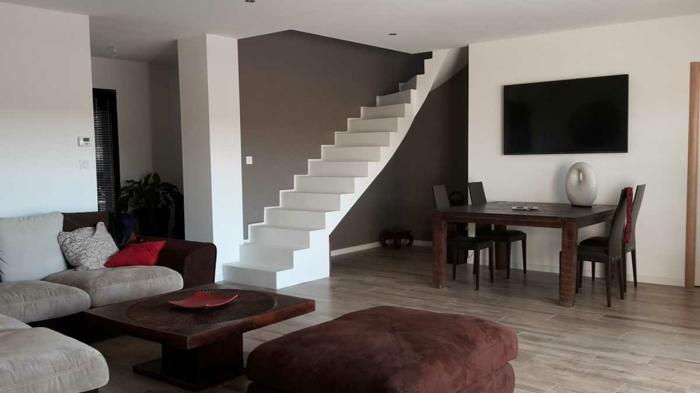 par exemple c'est un escalier béton minéral blanc