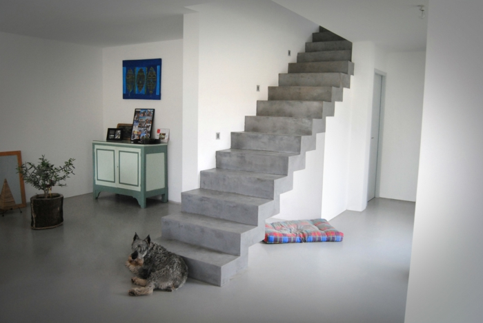 par exemple c'est un escalier en béton