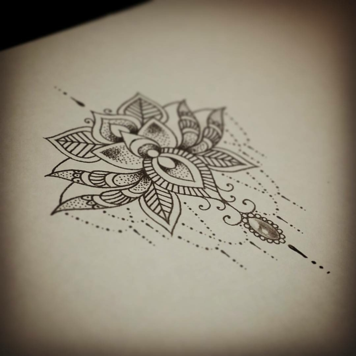 fleur lotus mandala tatouage