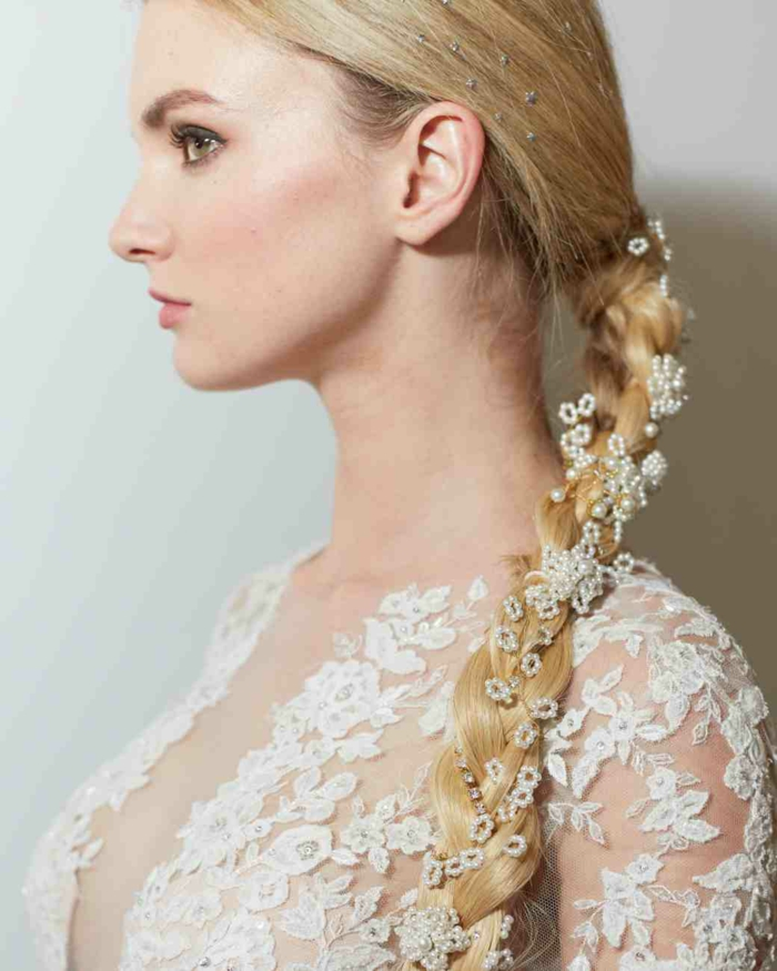 coiffure mariage avec accessoires