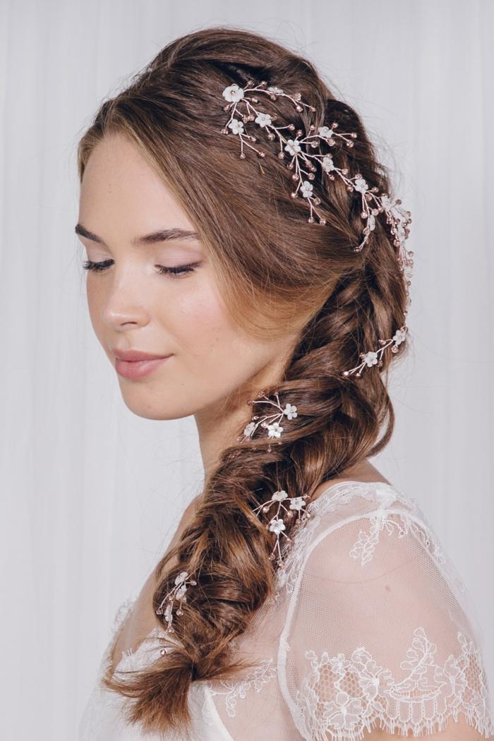 Encore une idée de coiffure mariage femme - idées en photos pour vous inspirer
