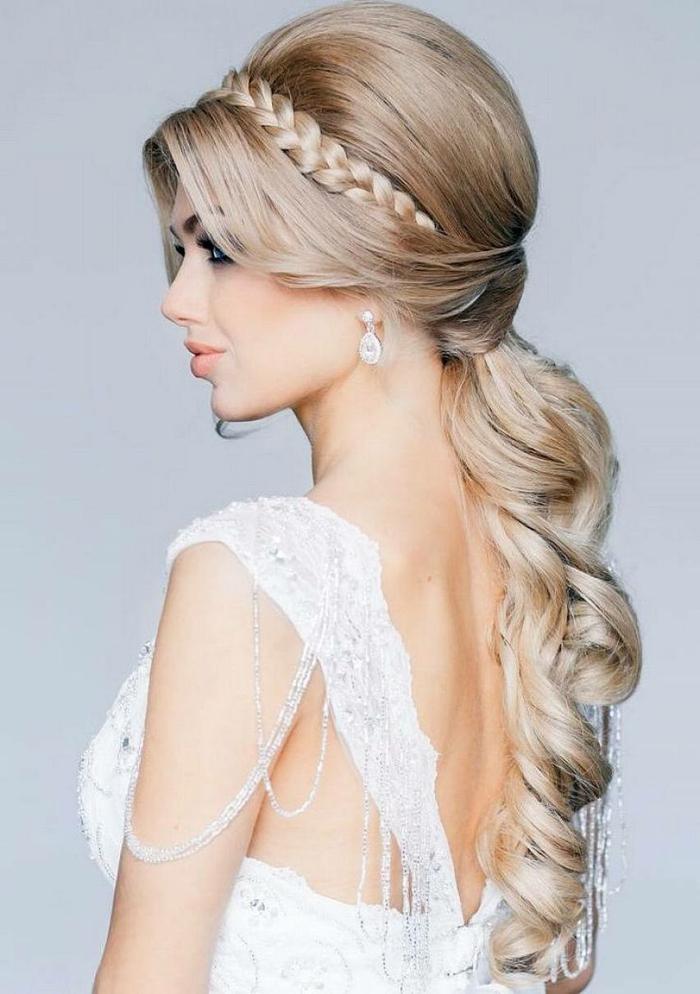 idée de coiffure mariage avec une tresse
