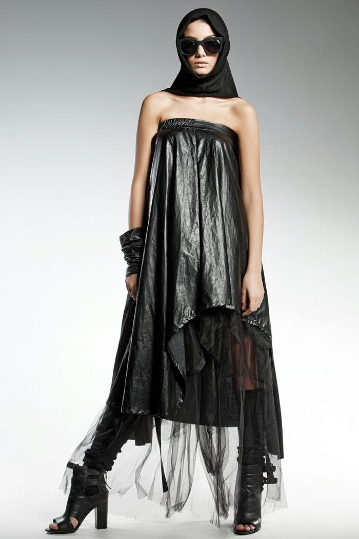 pendari robe noir