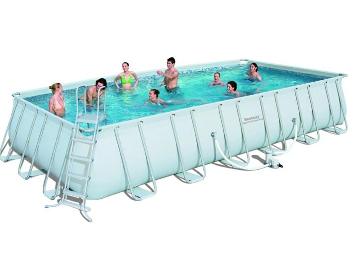 par exemple c'est une piscine 9.8m de longueur