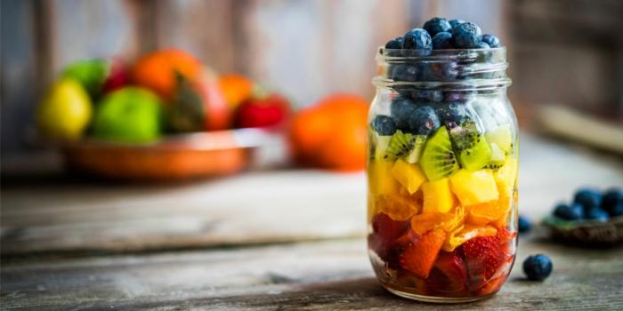 salade été délicieuse avec fruits