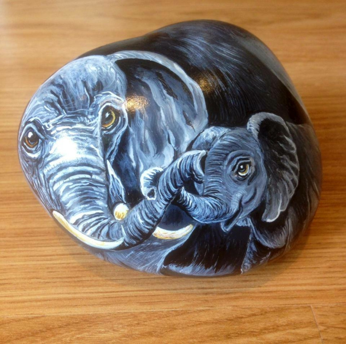 éléphants peinture sur galets