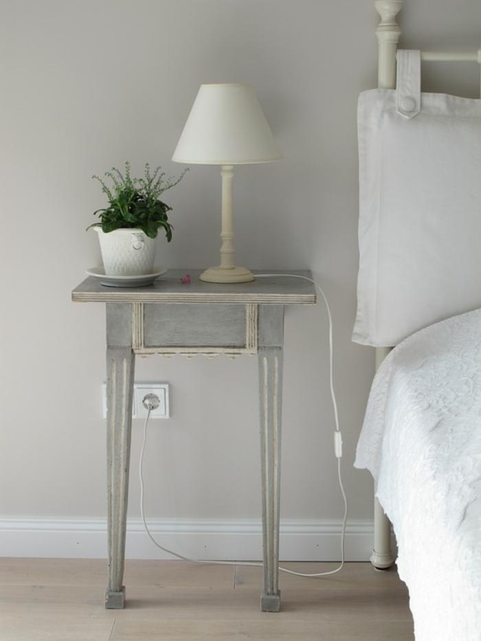 table de chevet pour votre chambre à coucher